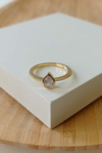 anel-solitario-gota-dourado