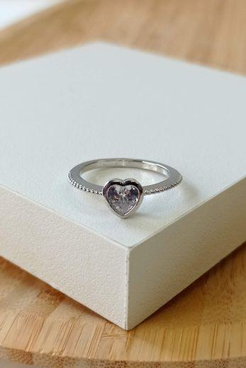 anel-solitario-coracao-prata
